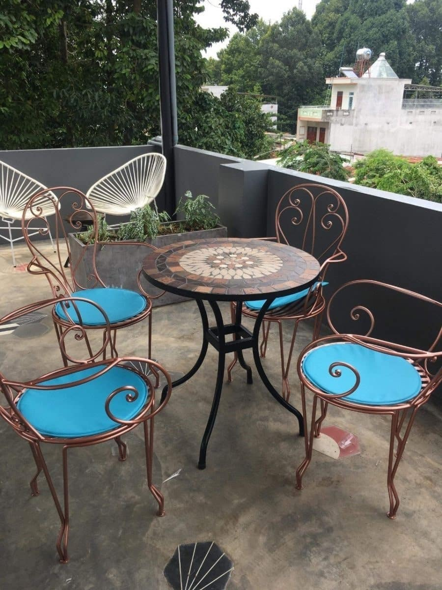 Ghế sắt Trung Hiếu Decor - Sản phẩm tinh tế của những nghệ nhân chuyên nghiệp